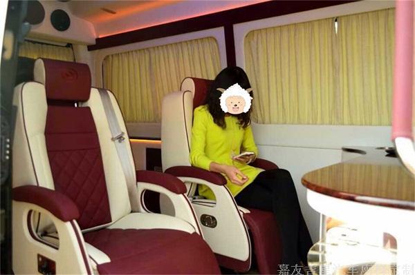 黄海商务车电动座椅改装